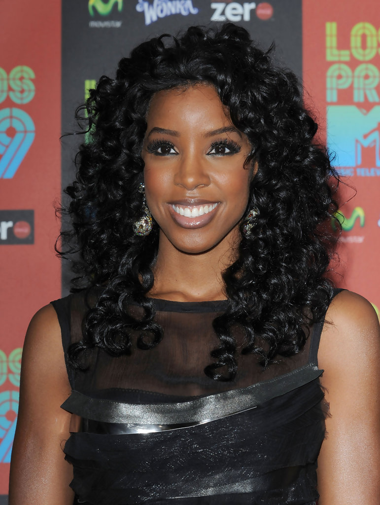 Kelly Rowland Long Curls - Kelly Rowland Long Hairstyles Looks ...