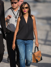 Kerry Washington arrived for her 'Jimmy Kimmel Live' appearance carrying a vintage-chic two-tone leather tote.