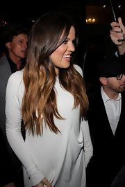 Khloe Kardashian was spotted out in Boston wearing her luxe ombre tresses in long waves.
