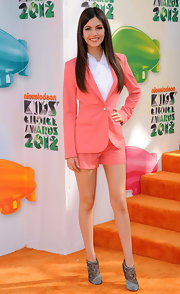 Victoria Justice sported a pair of lacy gray embellished booties at the 2012 Kids' Choice Awards.