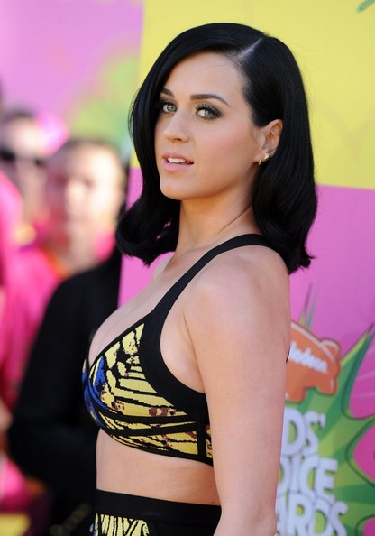 More Pics of Katy Perry Medium Wavy Cut (1 of 23) - Shoulder Length Hairstyles Lookbook - StyleBistro