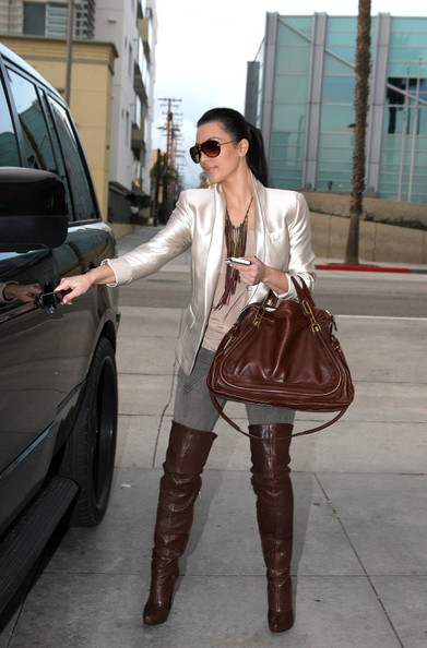 More Pics of Kim Kardashian Leather Shoulder Bag (1 of 8) - Kim Kardashian Lookbook - StyleBistro