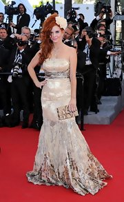 Phoebe Price shined on the red carpet of Cannes in this iridescent mermaid gown.