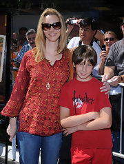 Lisa Kudrow topped off her casual yet stylish ensemble with a pair of butterfly sunnies.
