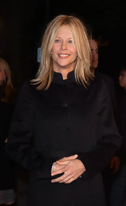 "Meg attended the premiere of ""Kate and Leopold"" in La donning a straight shoulder length cut."
