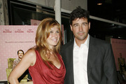Connie Britton and Kyle Chandler Photo