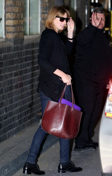 More Pics of Laura Carmichael Leather Tote (1 of 4) - Laura Carmichael Lookbook - StyleBistro