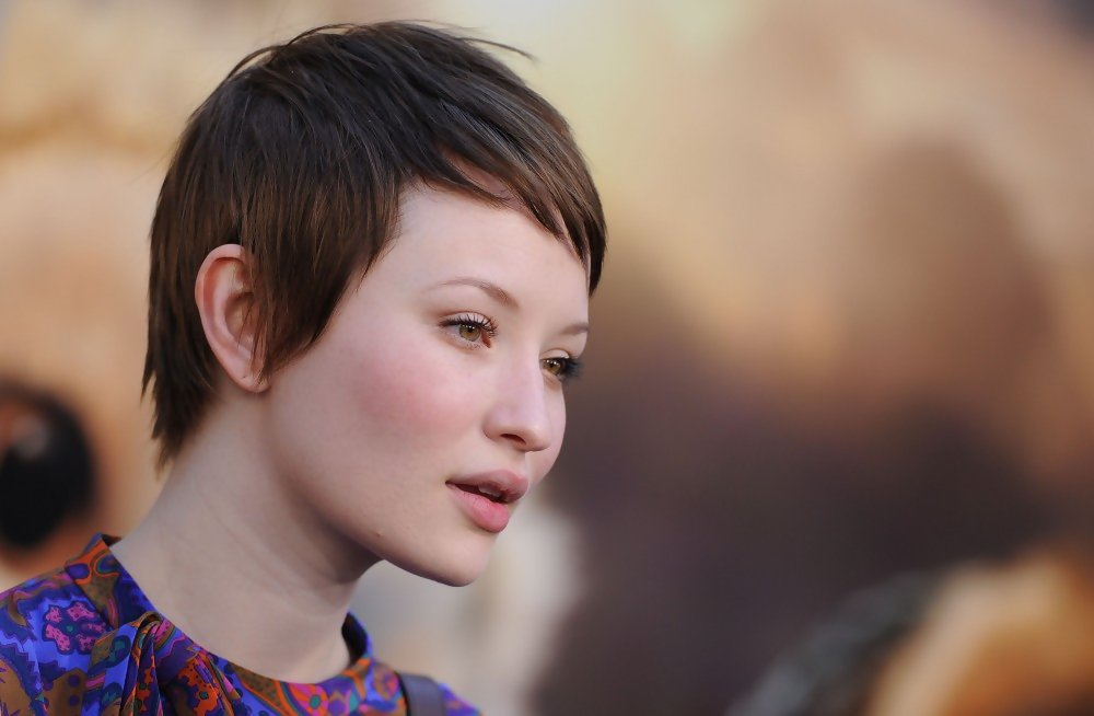More Pics Of Emily Browning Short Straight Cut 5 Of 14 Short