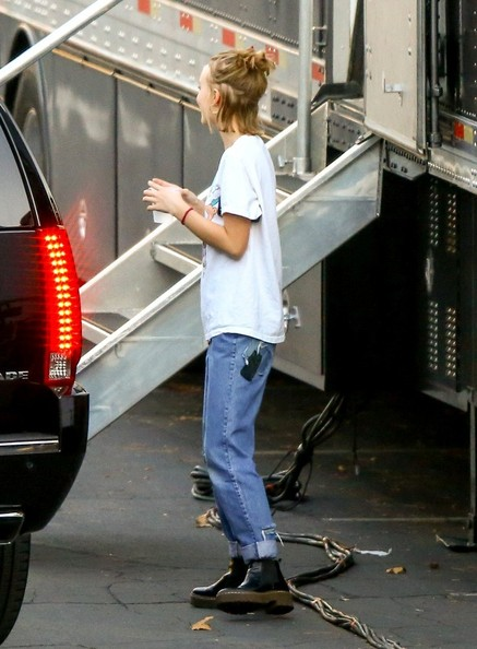 More Pics of Lily-Rose Depp Ripped Jeans (1 of 38) - Jeans Lookbook - StyleBistro []