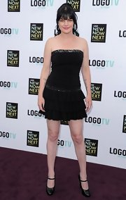 Pauley Perrette chose a strapless LBD with a tiered skirt for her signature all-black look.