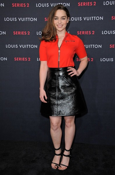 Emilia Clarke pulled her outfit together with a pair of sexy black sandals by Louis Vuitton.