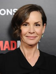 Embeth Davidtz attended the fifth season premiere of 'Mad Men' wearing a luxurious-looking creamy nude lipstick.