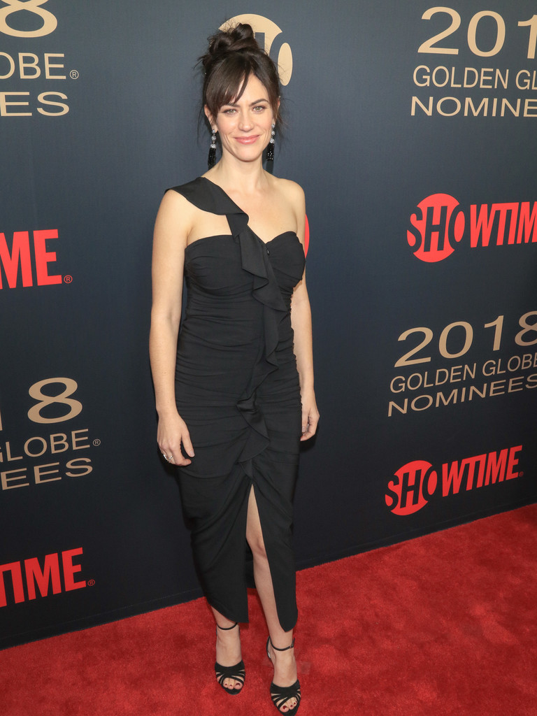 Topless Maggie Siff naked photo 2017