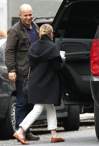More Pics of Ashley Olsen Leather Slip On Shoes (1 of 6) - Ashley Olsen Lookbook - StyleBistro