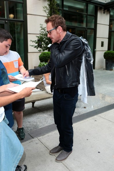 Michael Fassbender Signs Autographs