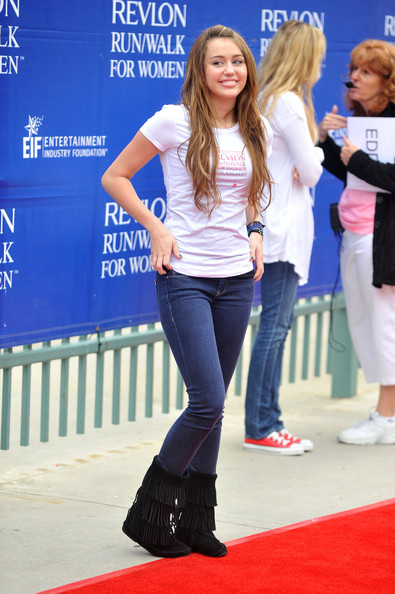 Miley Cyrus Skinny Jeans