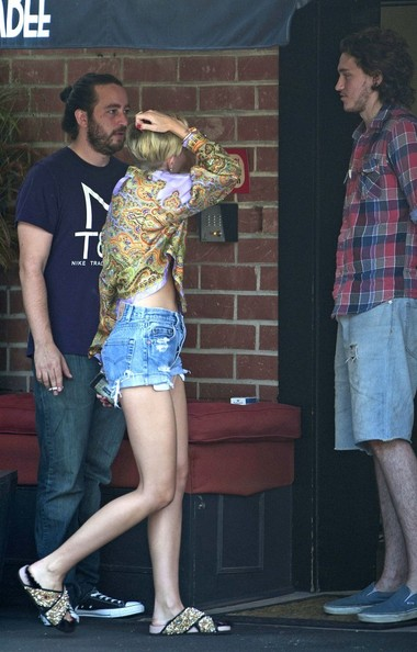 More Pics of Miley Cyrus Print Blouse (1 of 19) - Miley Cyrus Lookbook - StyleBistro []