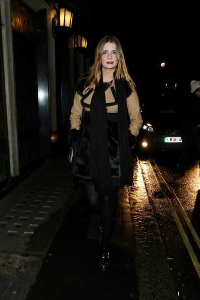 Mischa Barton Leaves the Ivy Club in London
