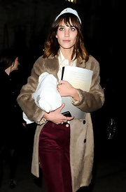 Alexa Chung wore this pale blue headband to the Mulberry party in London.