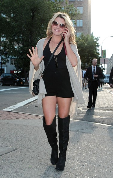 More Pics of Grace Potter Ankle Boots (1 of 14) - Grace Potter Lookbook - StyleBistro
