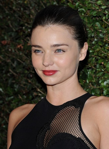 More Pics of Miranda Kerr Red Lipstick (1 of 17) - Red Lipstick Lookbook - StyleBistro