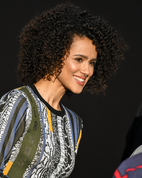 Nathalie Emmanuel stuck to her signature afro when she made an appearance on 'Kimmel.'