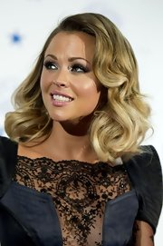 Kimberley Walsh sported a retro-glam curly 'do at the National Television Awards.