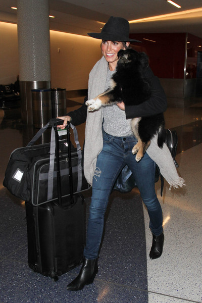More Pics of Nikki Reed Dog Carrier Duffle (3 of 6) - Dog Carriers Lookbook  - StyleBistro c619f13a2ac9b