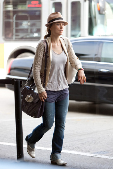 More Pics of Olivia Wilde Wingtips (5 of 6) - Olivia Wilde Lookbook - StyleBistro