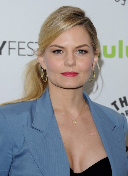 More Pics of Jennifer Morrison Gold Hoops (1 of 14) - Hoop Earrings Lookbook - StyleBistro