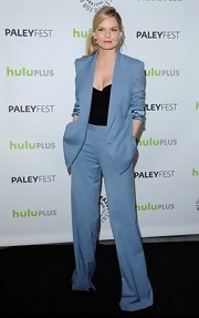 Jennifer Morrison channeled Miami Vice, but in a good way when she wore a sky blue pantsuit to PaleyFest.