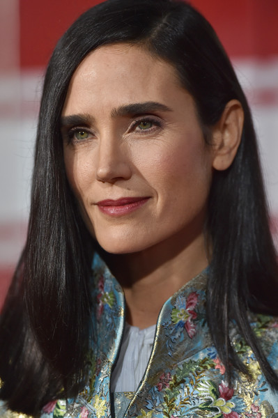 Jennifer Connelly showed off a glossy straight 'do at the world premiere of 'Only the Brave.'