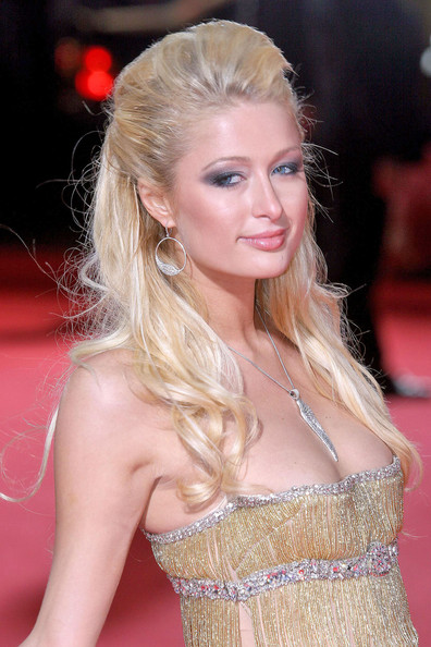Paris Hilton Smoky Eyes