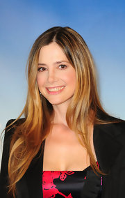 Mira Sorvino looked gorgeous at the 'Like Dandelion Dust' photocall with her silky straight 'do.