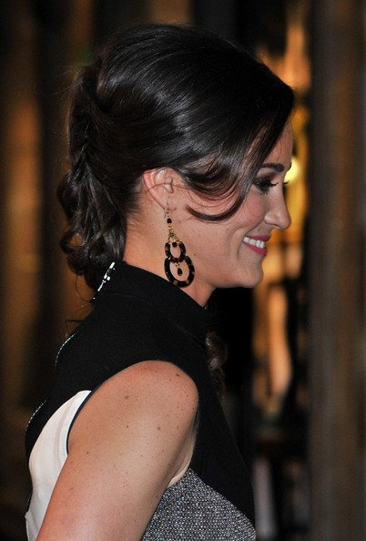 Pippa Middleton Side Swept Curls