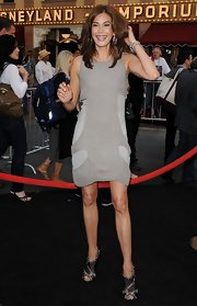 Teri opted for a unique gray cocktail dress at the 'Pirates of the Caribbean' premiere.