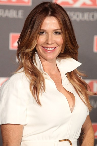 Poppy Montgomery Hair