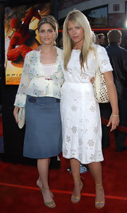 Amanda de Cadenet chose a pair of summer-inspired strappy sandals to match her 'Spider-Man' premiere outfit.