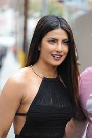 Priyanka Chopra wore a pin-straight, center-parted hairstyle during her appearance on 'Kimmel.'