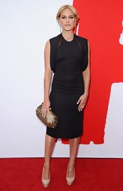 Peta chose a contemporary take on the LBD when she sported this frock with draped sleeves.