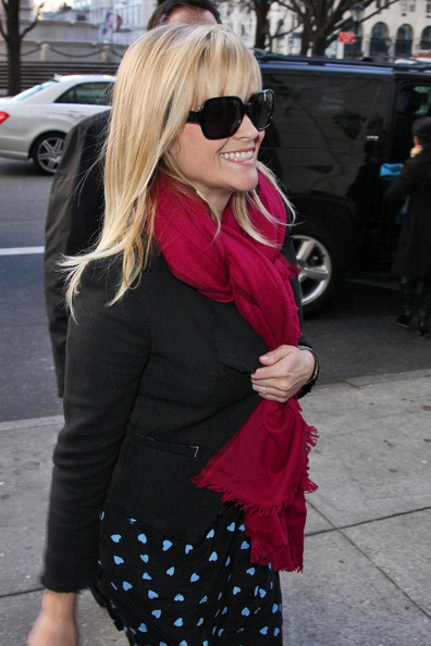 More Pics of Reese Witherspoon Solid Scarf (1 of 10) - Reese Witherspoon Lookbook - StyleBistro