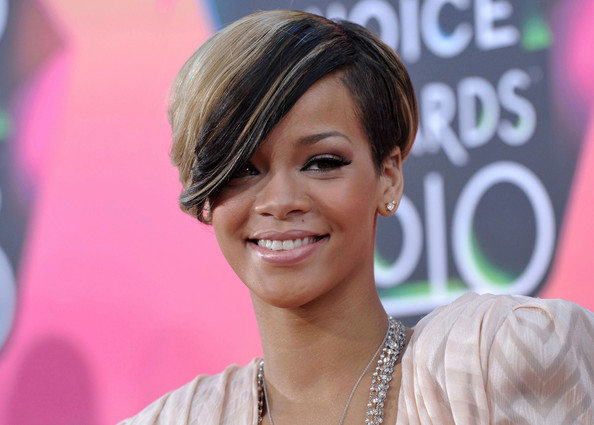 Rihanna Short Side Part