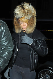On any other person this Hat would look absolutely ridiculous, but Rihanna has the ability to pull almost anything off including this huge fur hat.