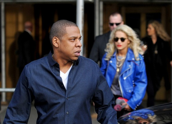 Jay-Z Dines Out with Rita Oro