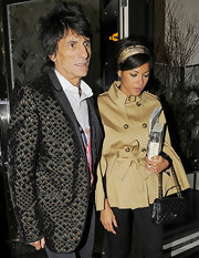 Ana Araujo went for a timeless look with a beige swing jacket on a date night with Ronnie Wood.