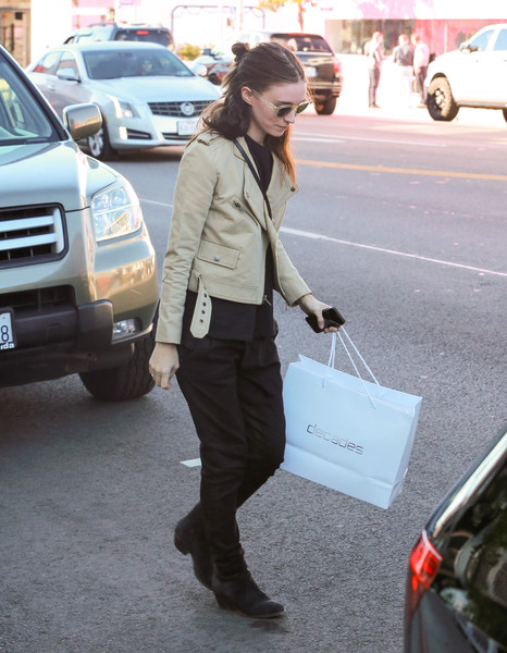 More Pics of Rooney Mara Leather Jacket (1 of 7) - Rooney Mara Lookbook - StyleBistro []