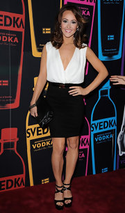 Ashley Hebert kept things classic at the Night of a Billion Reality Stars in this black-and-white look.
