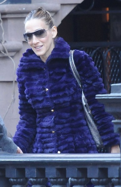 More Pics of Sarah Jessica Parker Fur Coat (1 of 7) - Fur Coat Lookbook - StyleBistro