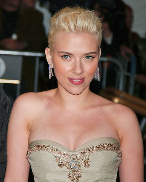 Scarlett Johansson Dangling Diamond Earrings