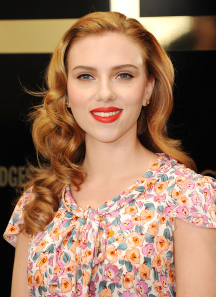 Scarlett Johansson Long Curls